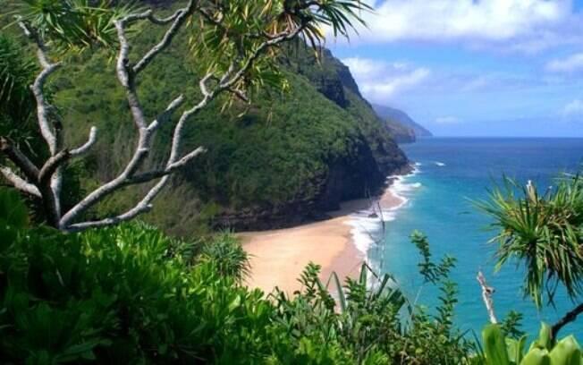 Hanakapiai, no Havaí, tem águas perigosas e com muitas correntezas