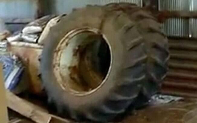 Menina afirma se lembrar de ver seu corpo e o esforço de seu pai para tirar a roda de 300 quilos que estava sobre ela