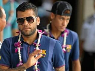 Daniel Alves é constantemente vítima de racismo em jogos do Campeonato Espanhol