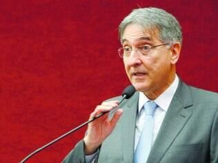Problema.  Governador Fernando Pimentel foi ao Supremo conversar sobre a situação em Minas