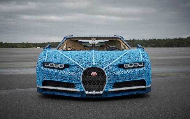 Bugatti Chiron de Lego encanta o público do Salão de Paris pelos detalhes