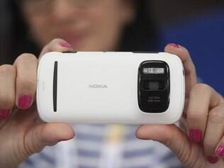 Nokia 808 Pureview chega ao mercado este mês