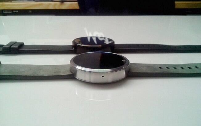 Moto 360 é relógio inteligente da Motorola