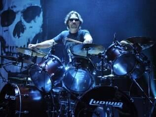 Apontado como um dos melhores do mundo, o baterista Dave Lombardo integrou o Slayer desde sua primeira formação
