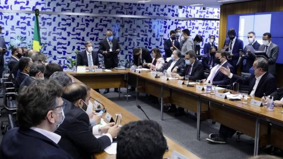 STF tenta achar solução para os impasses nos processos de Lula e Moro; entenda