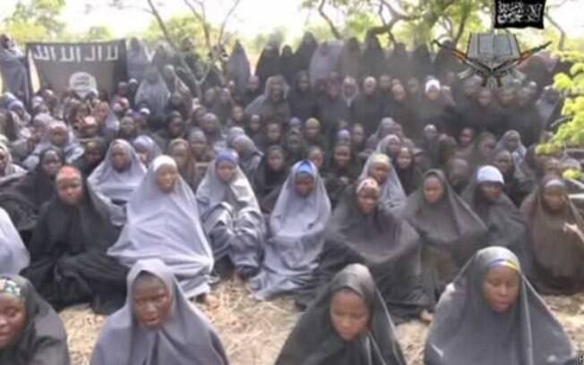 Adolescentes nigerianas foram sequestradas há seis meses (17/10/2014)