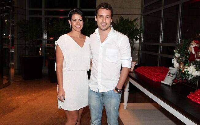 Rodrigo Andrade e a namorada Joyce