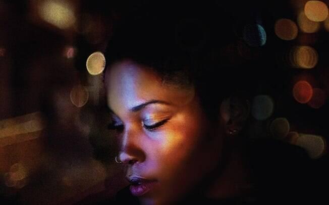 Jesuton é conhecida por fazer cover de artistas como Adele, Amy Winehouse e Roberta Flack