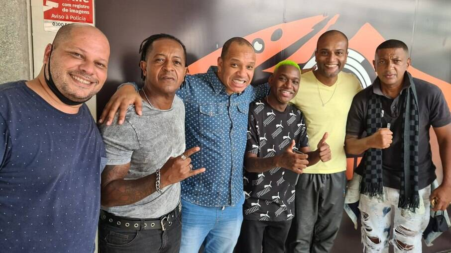 Betoh Cascardo, Don Capuccino, Anderson Leonardo, DJ Rogerinho do Quero, Titto Jr e o cantor Dupand