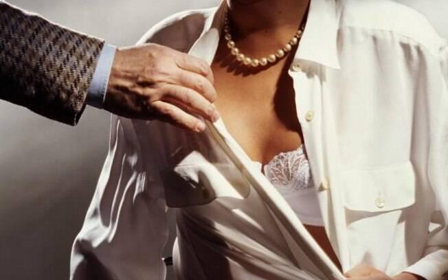 Mulheres que sofrem assédio sexual devem procurar ajuda