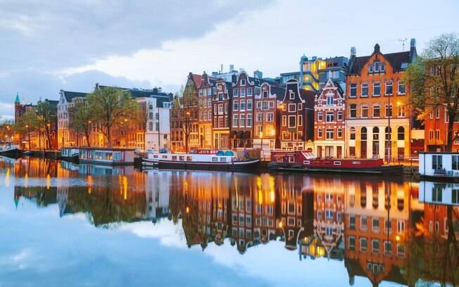 A arquitetura de Amsterdã, nos Países Baixos, é uma das principais atrações