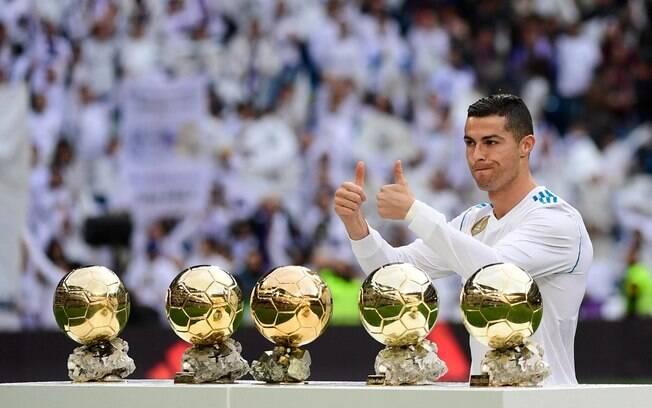 Em entrevista de Cristiano Ronaldo na France Football, jogador fala sobre conquistar sexto Ballon D'Or