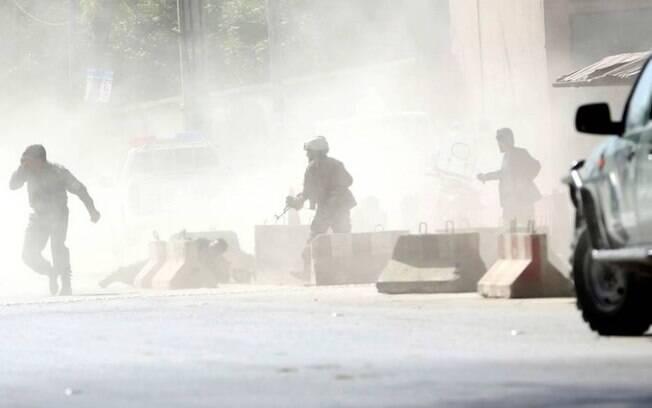 Dentre as vítimas do ataque do Estado Islâmico, estão pelo menos nove jornalistas, que trabalhavam como repórteres na cidade