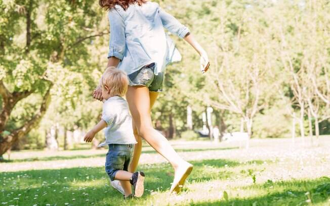 Passar o Dia dos Pais sem o pai pode ser uma questão para algumas crianças que tem a ausência da figura paterna na vida