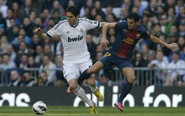 Kaká foi titular no clássico, mas teve  atuação discreta na vitória por 2 a 1