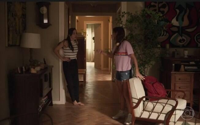 Natália (Clarissa Kiste) e Carol (Duda Batsow)