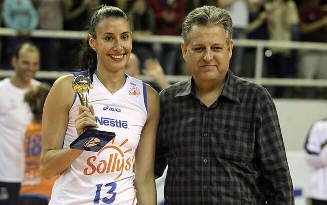 Sheilla chegou nesta temporada à equipe,m  venceu o Sul-Americano e foi eleita a melhor  jogadora do torneio