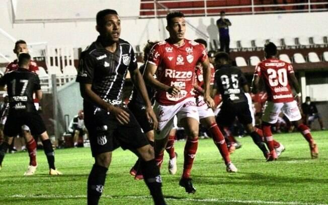 Ponte Preta segura o empate sem gols com o Vila Nova no OBA