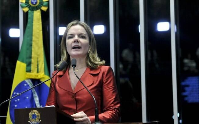 Em pronunciamento, a senadora Gleisi Hoffman (PT-PR), durante a sessão deliberativa extraordinária que vota a admissibilidade do processo de afastamento da presidente Dilma Rouseff. Foto: Geraldo Magela/Agência Senado - 11.05.2016