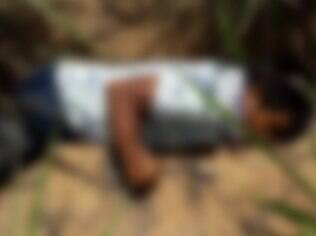 homem morto imagem  borrada