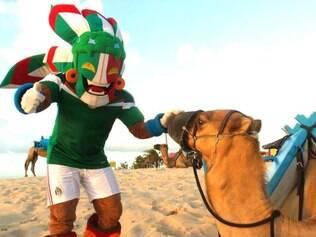 Mascote da El Tri visita pontos turísticos de Natal e destaca belezas naturais