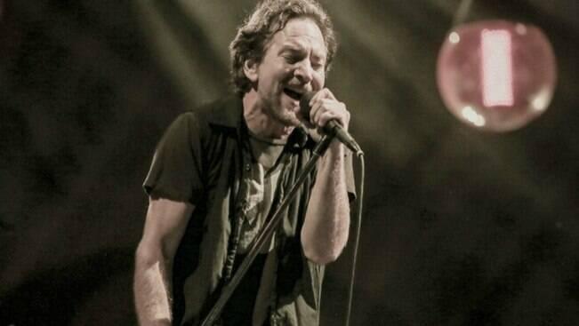 Pearl Jam cobra punição por desastre em Mariana