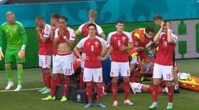 Eriksen, da Dinamarca, cai desacordado no gramado durante jogo da Eurocopa