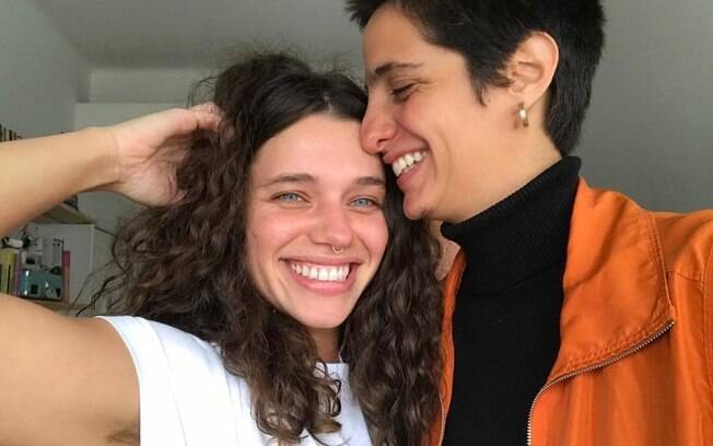 Bruna Linzmeyer e Priscila