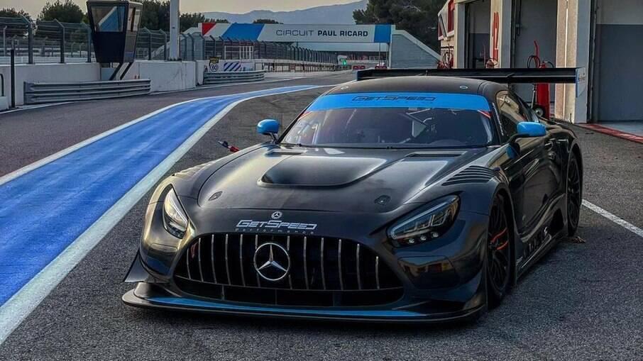 Mercedes AMG-GT é o carro que Bruno Baptista vai disputar as provas de longa duração na Europa