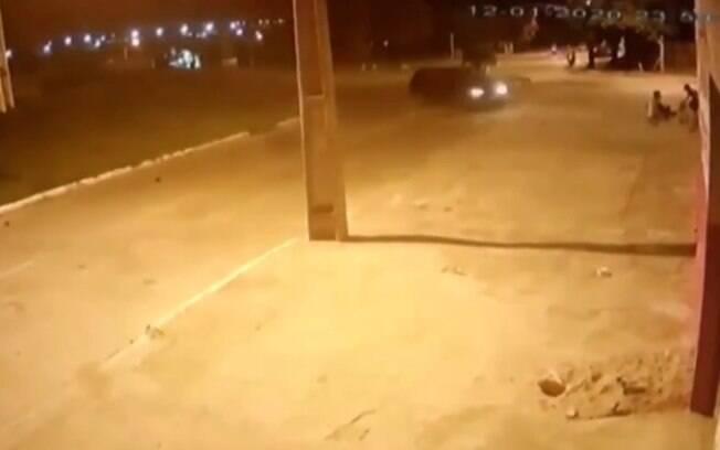rua e carro