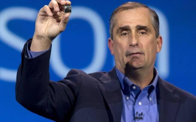 Na CES 2014, a Intel anunciou um computador do tamanho de uma cartão SD, o Edison