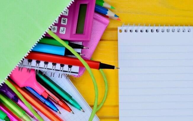 Com um pouco de criatividade é possível economizar no material escolar.