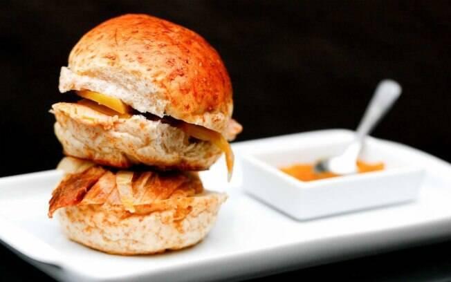 Foto da receita Mini sanduiche de pernil pronta.