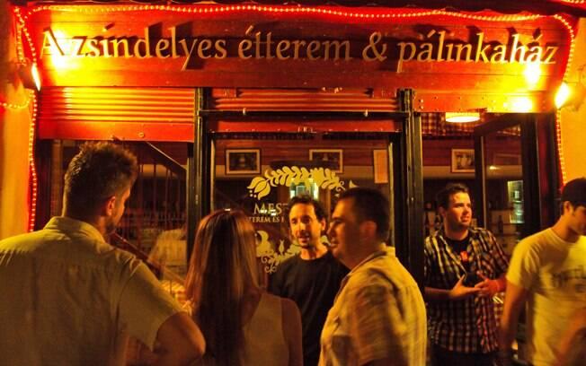 Azsindelyes Étterem és Pálinkaház: não se assuste com o nome, a comida é deliciosa