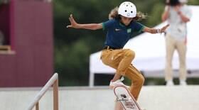 Aos 13 anos, Rayssa brilha no skate e fatura prata em Tóquio