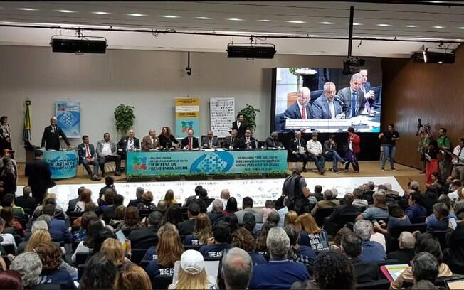 Oposição lançou frente de defesa da Previdência Social e promete debates e atos pelo País