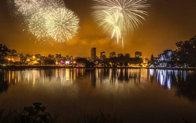 A programação de Ano Novo está repleta de fogos e muita festa para o público; veja detalhes