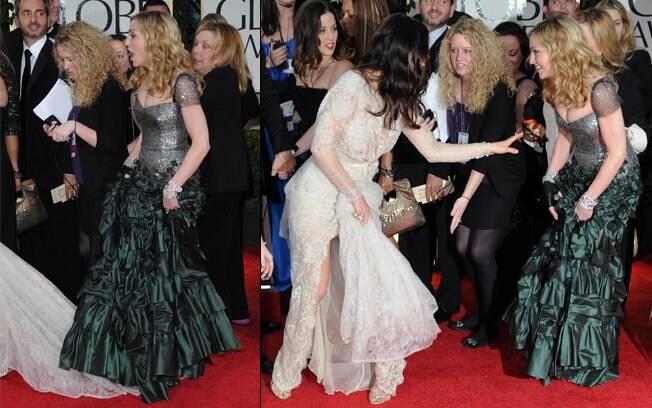 Madonna pisa no vestido de Jessica Biel