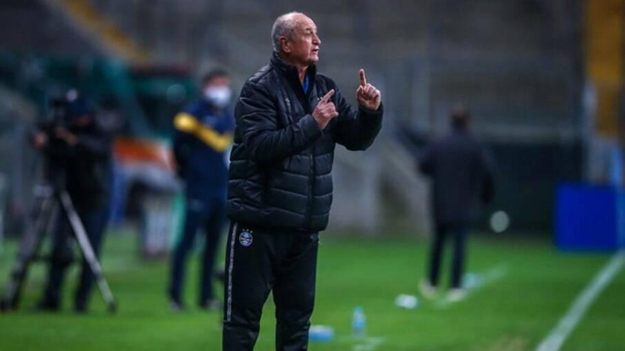 Felipão liga sinal de alerta para sistema de criação do Grêmio