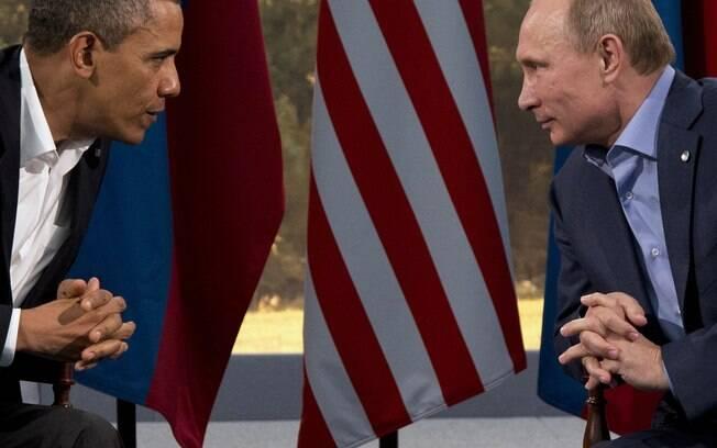 Presidentes dos EUA, Barack Obama, e da Rússia, Vladimir Putin, reúnem-se em Enniskillen, Irlanda do Norte (17/6/2013)