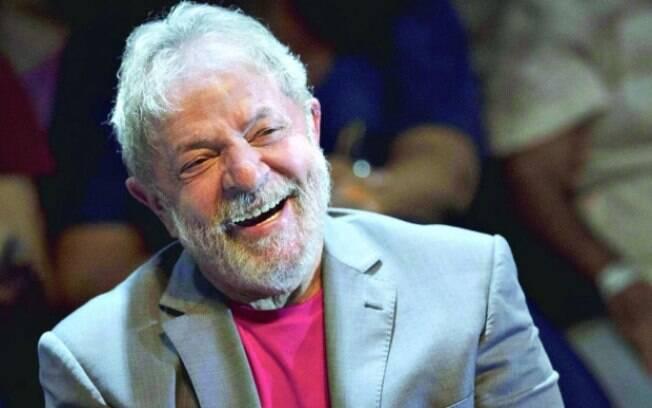 Defesa do ex-presidente Lula entrou com recurso pela candidatura do petista