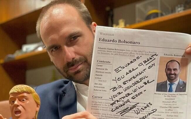 Eduardo Bolsonaro (PSL-SP) compartilhou no Twitter foto da carta de Trump