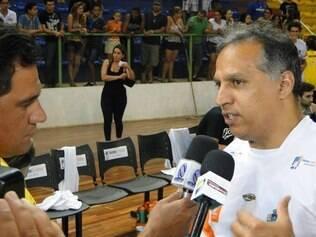 Nery Júnior lamenta lesão de Everaldo e momento conturbado após diminuição dos salários