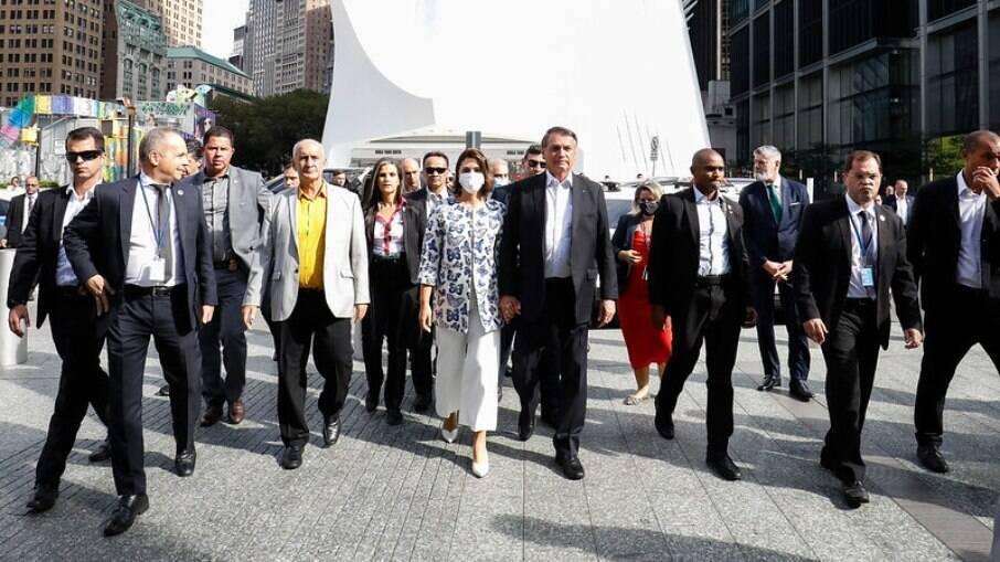 Bolsonaro visita Memorial do 11 de Setembro