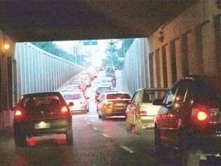 Projeto de lei propõe restrição de veículos no centro da cidade
