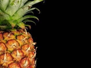 O abacaxi é um dos ingredientes do banho afrodisíaco