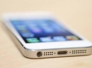 Versão desbloqueada do iPhone 5 está à venda nas lojas da Apple nos EUA