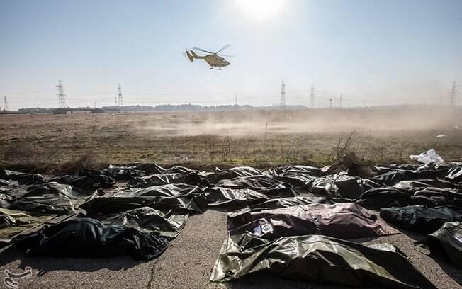 Corpos encontrados em queda do avião