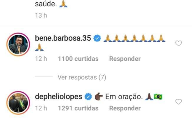 Presidente Jair Bolsonaro comenta foto do escritor Olavo de Carvalho