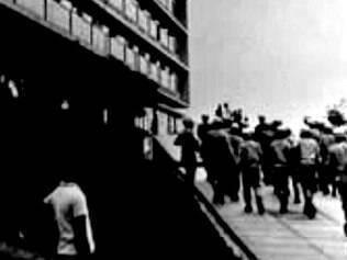 Invasão. Tropas da Polícia Militar de Minas ocuparam a Escola de Direito da UFMG, considerada foco da resistência